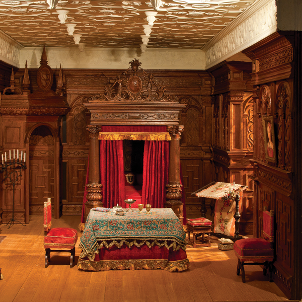 Tudor Bedroom The National Museum Of Toys And Miniatures