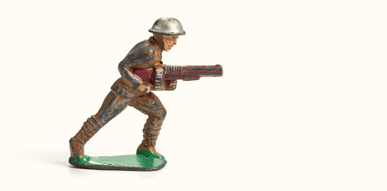 painted metal toy soldiers WWI