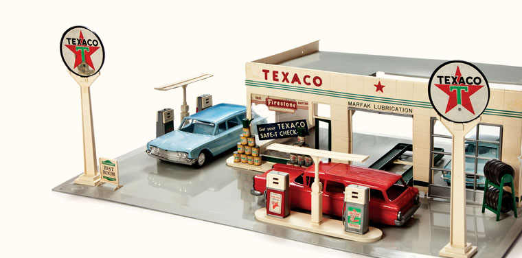 texaco toy service station