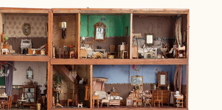 Annie Horatia's Dollhouse Dolls